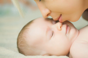 Znieczulenie zewnątrzoponowe a podpajęczynkowe - szczęśliwa mama