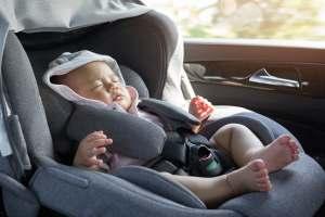 Dziecko w samochodzie a upał
