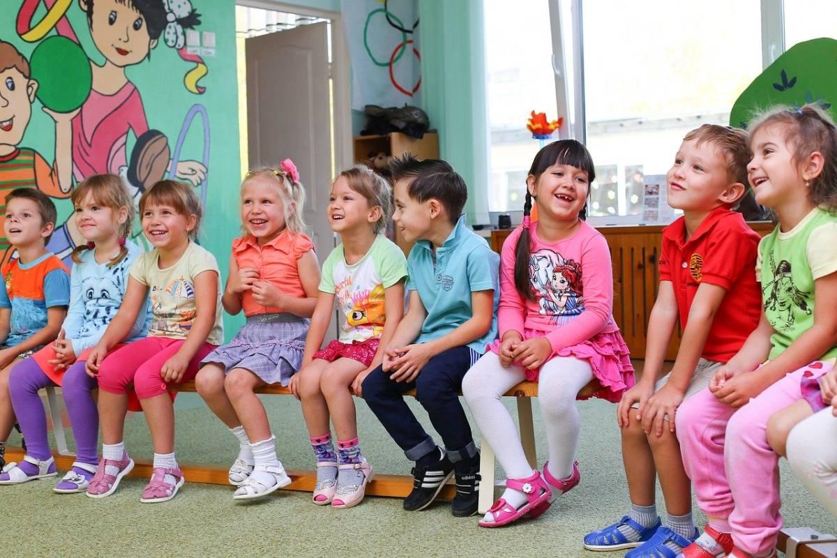 Wysyłanie dziecka z katarem do przedszkola