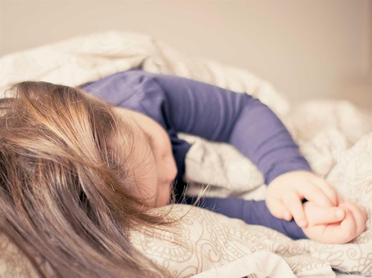 Chore dziecko z katarem nie może spać