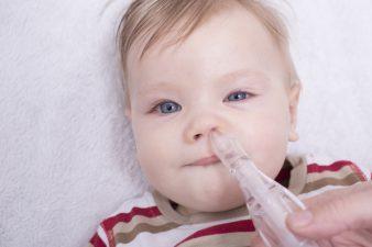 leczenie kataru u małego dziecka