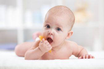Katarek u niemowlęcia